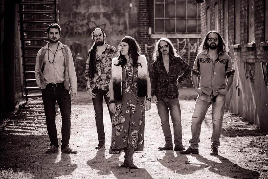 Kozmic : hommage à Janis Joplin et clin d'oeil aux années 60